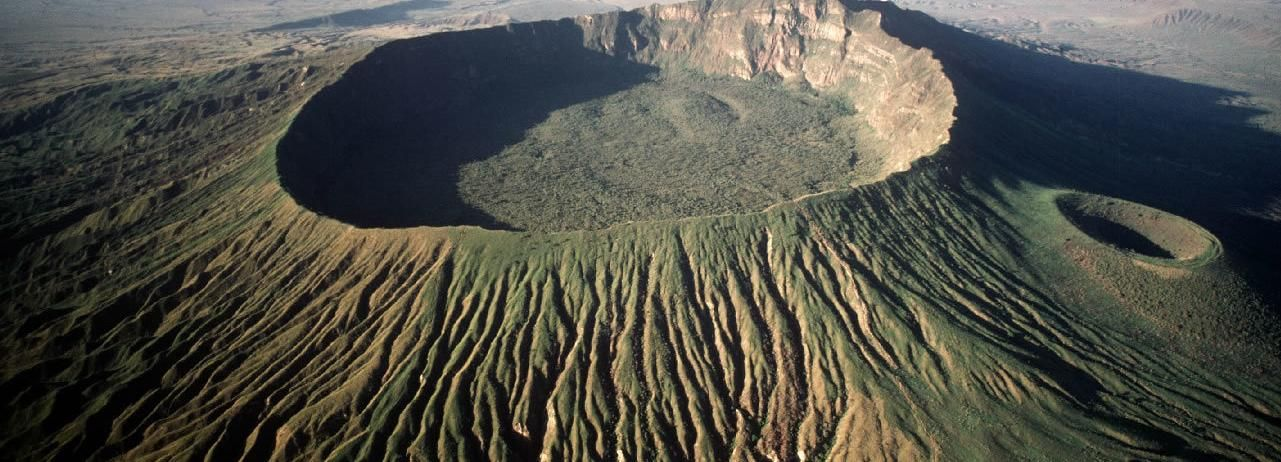 Nairobi: Full-Day Mount Longonot Hike with Boat Tour