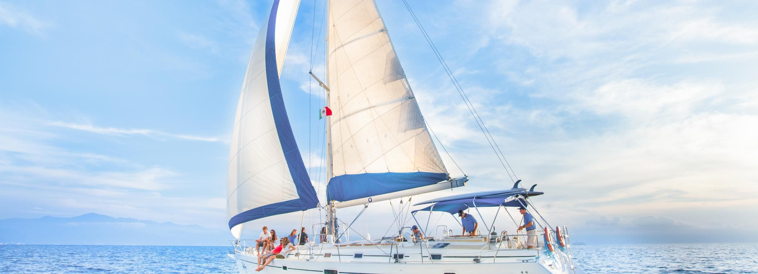 Puerto Vallarta and Nuevo Vallarta: Luxury Sailing Tour