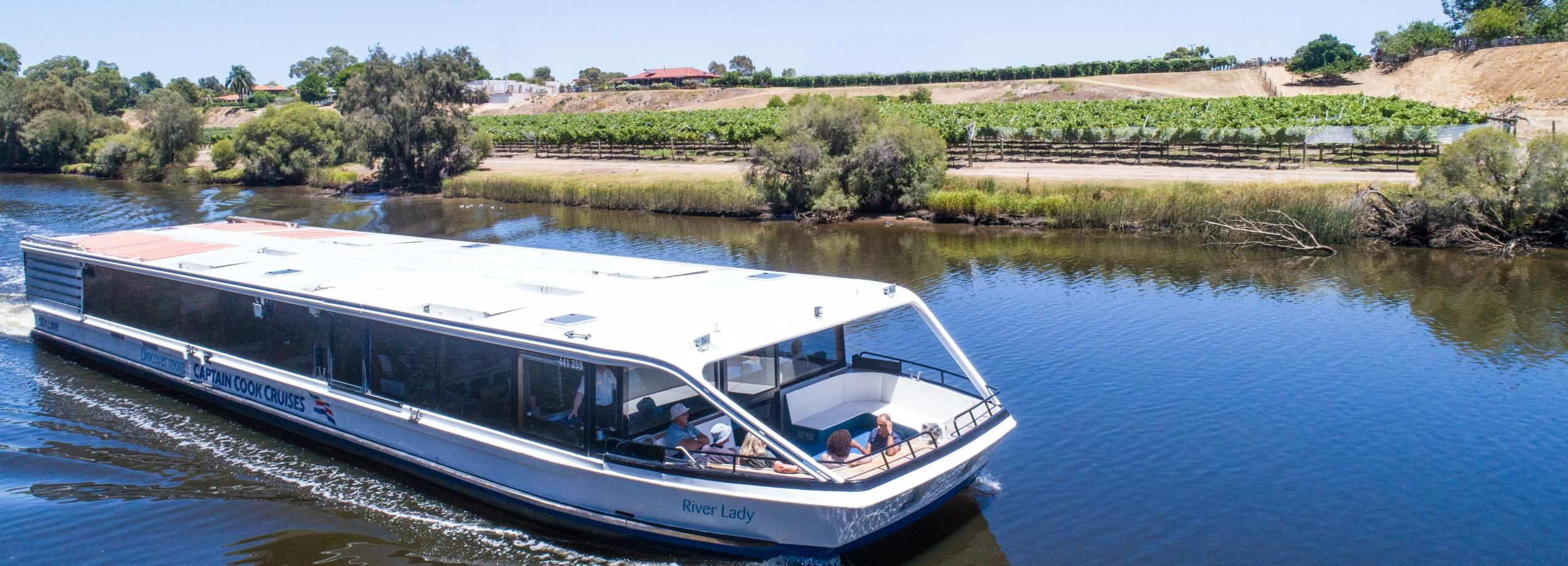 From Perth: Swan Valley Cruise, Winery, Cheese & Lunch