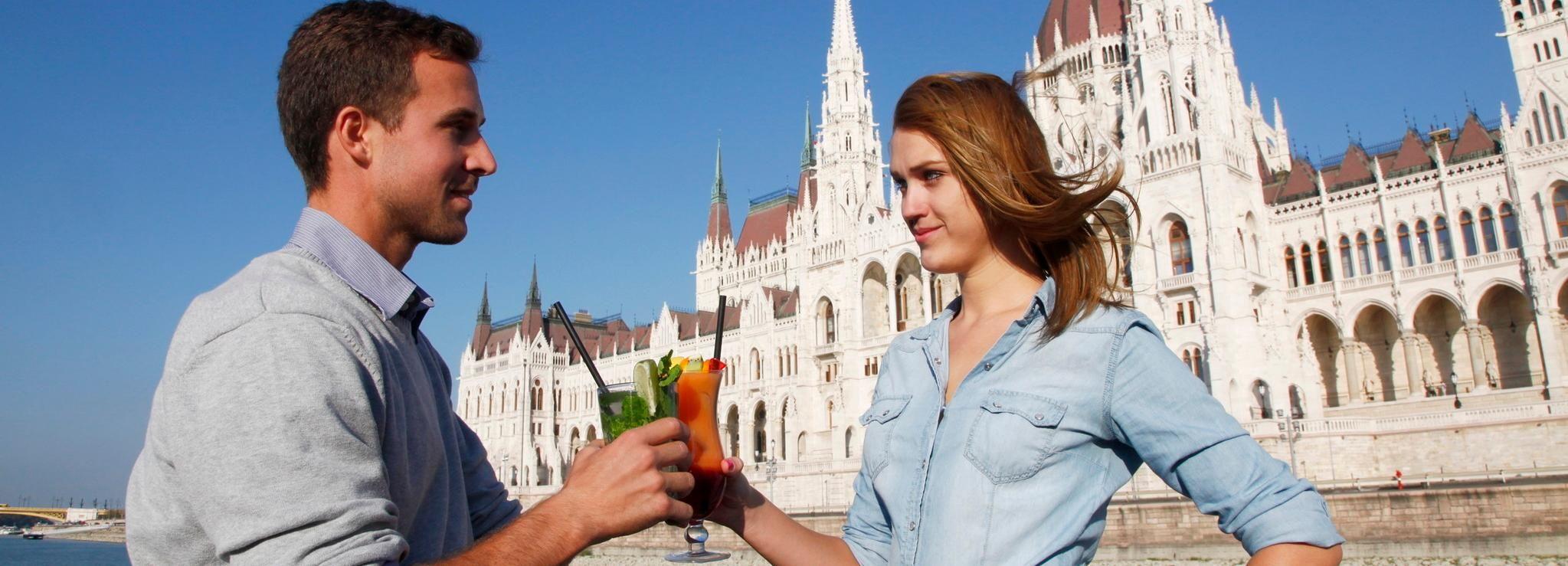 Budapest: crociera panoramica con opzioni drink