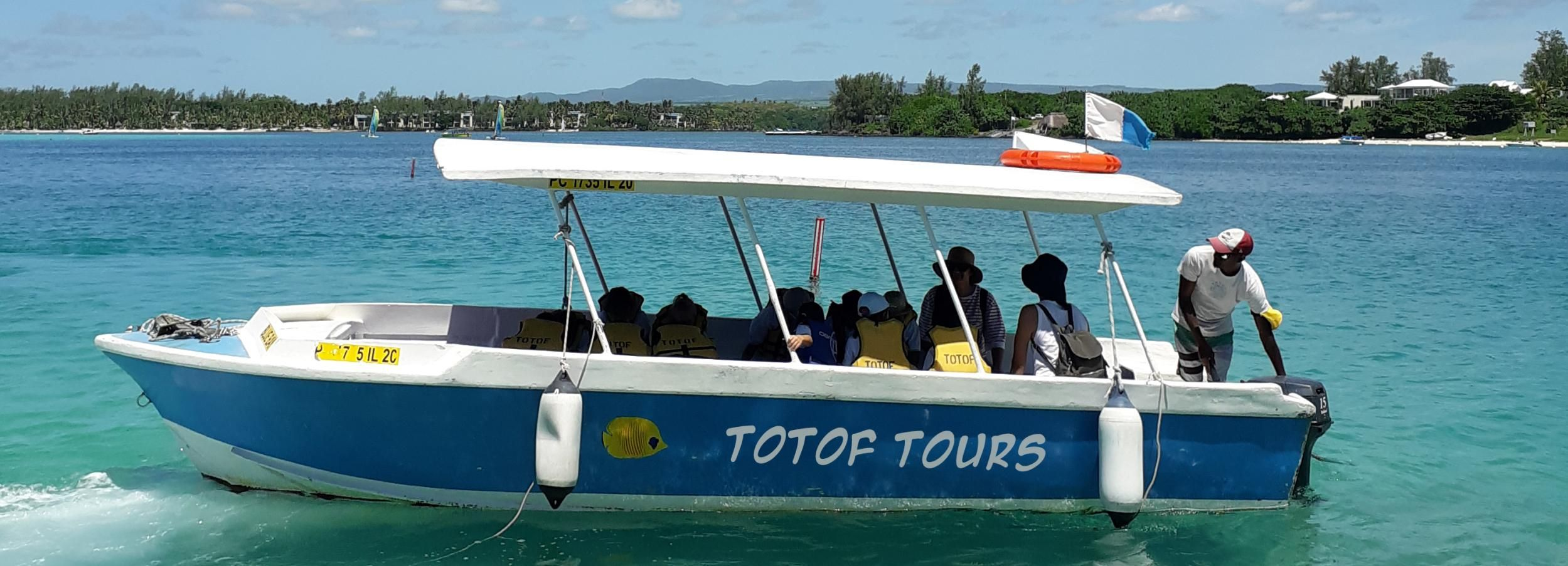 Blue Bay: Half-Day Snorkeling Trip with Creole Picnic Lunch