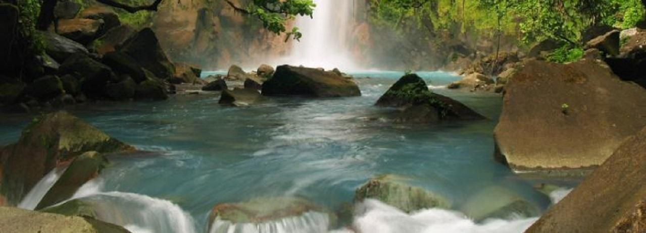 La Fortuna Town: Rio Celeste and Tenorio National Park Tour