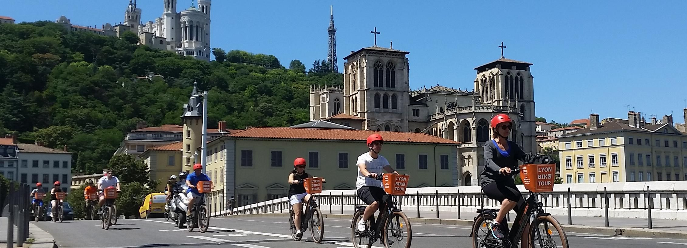 Lyon: 2-Hour Electric Bike Tour with a Local Guide