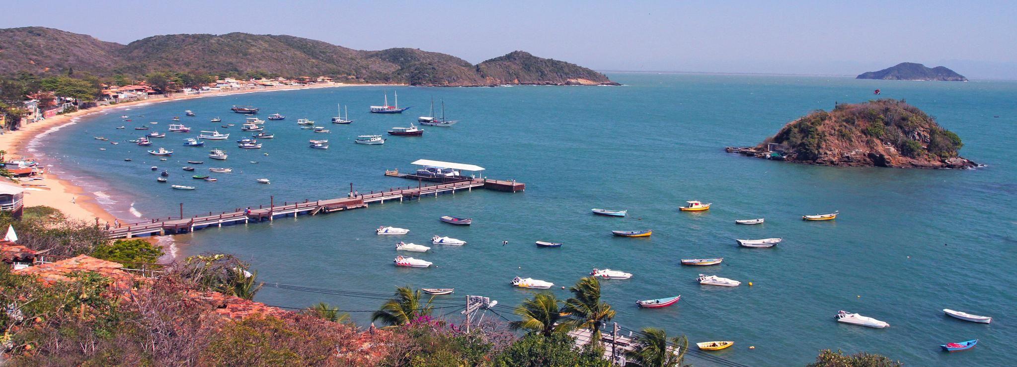 Ab Rio de Janeiro: Bootstour nach Búzios mit Mittagessen