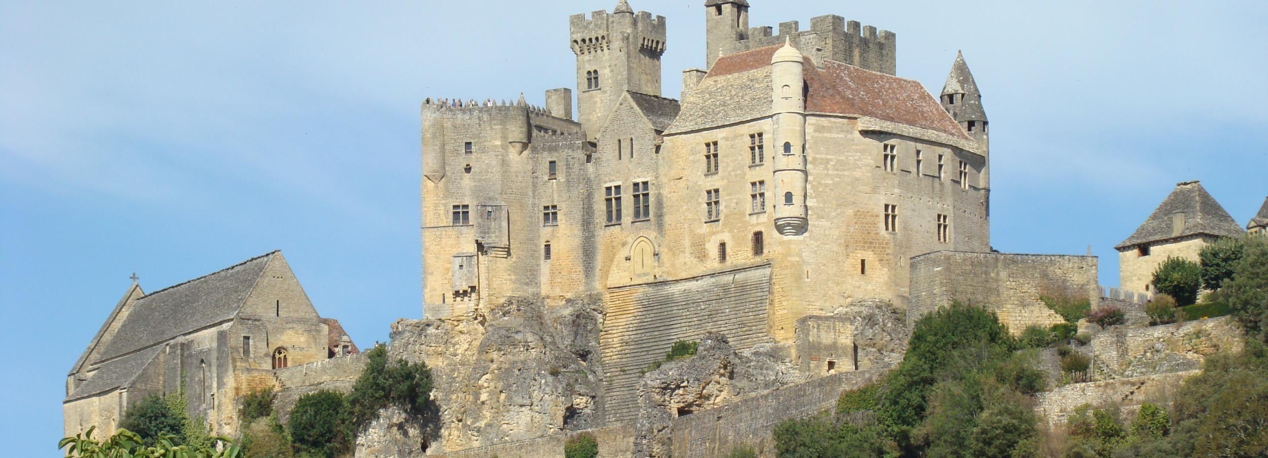 De Bordeaux: visite privée châteaux et villages de Dordogne