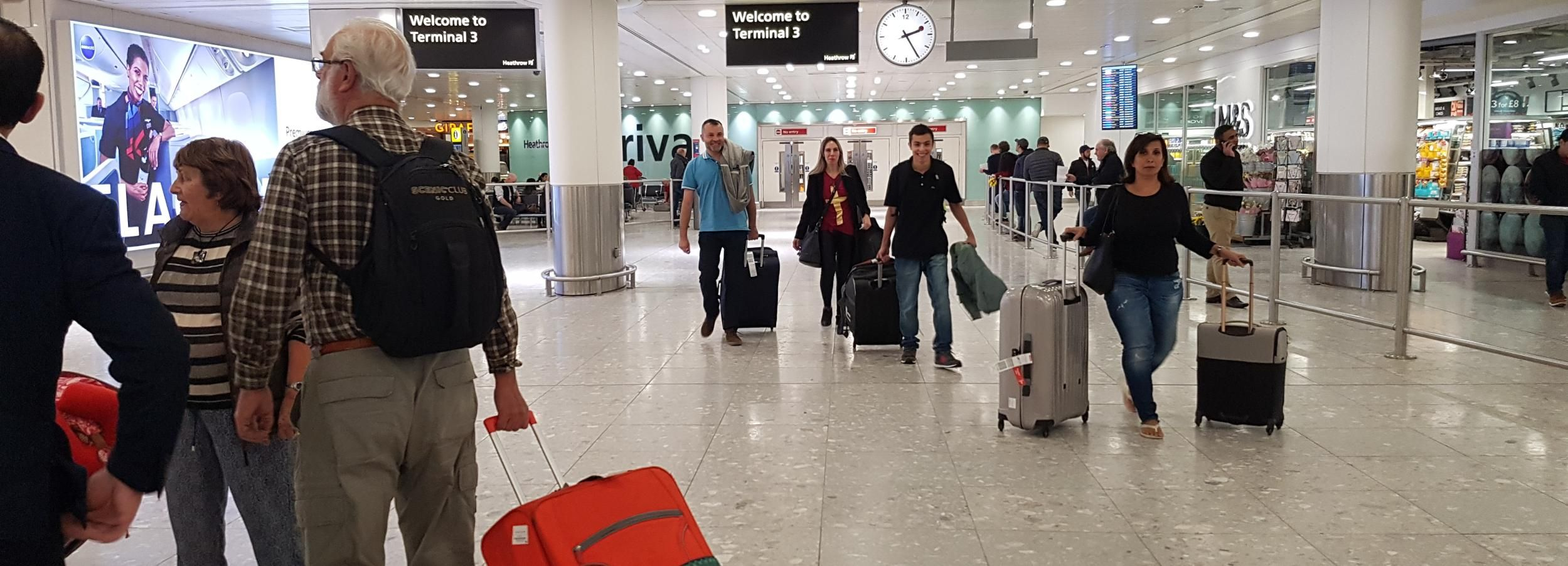 Londres: Transferência compartilhada do aeroporto de Heathrow para Londres