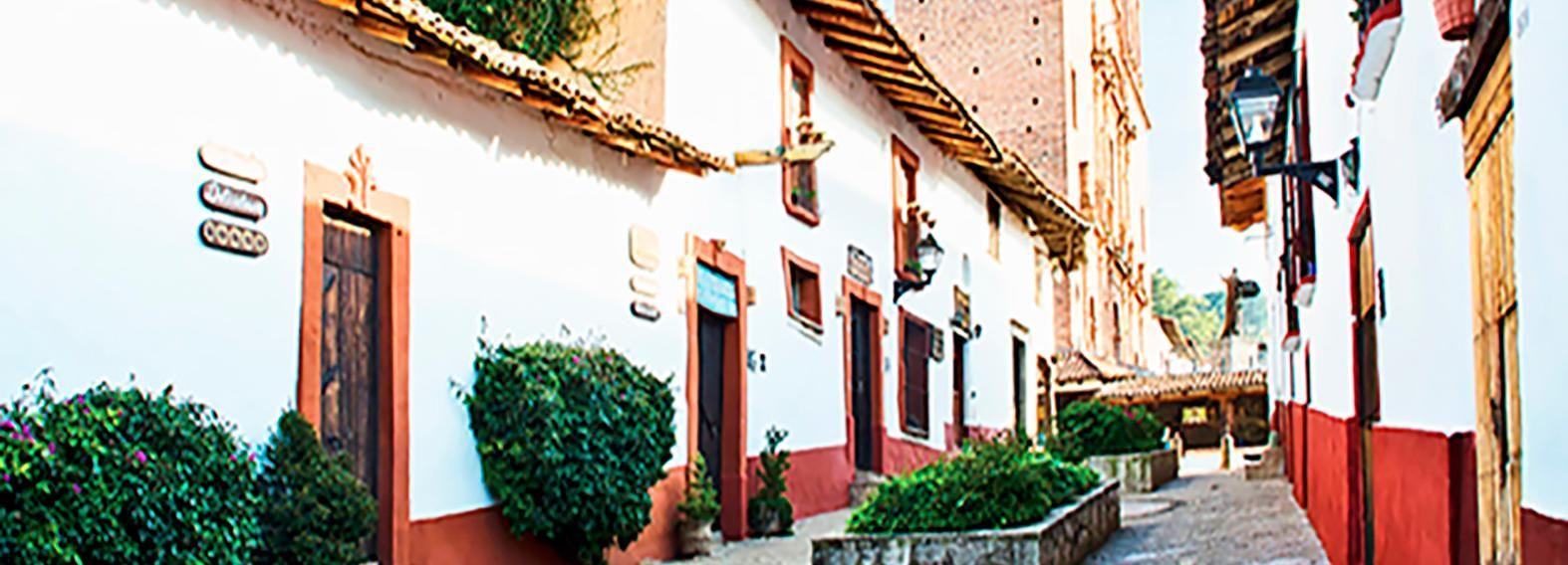 From Guadalajara: Tapalpa and Attaco Private Tour