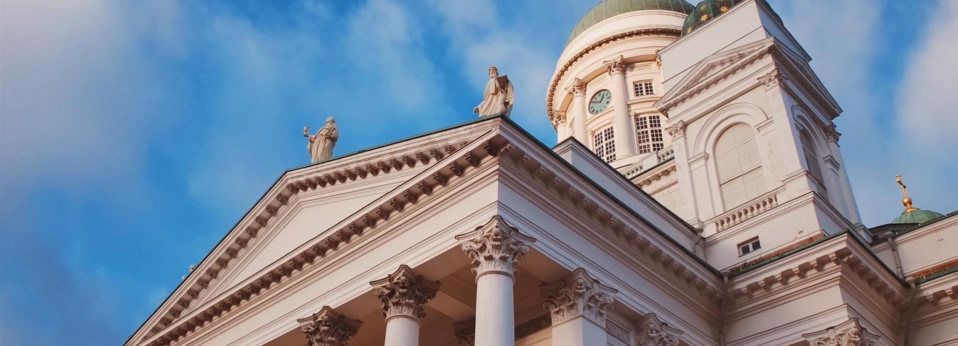 Helsinki: Highlights and Hidden Gems Walking Tour