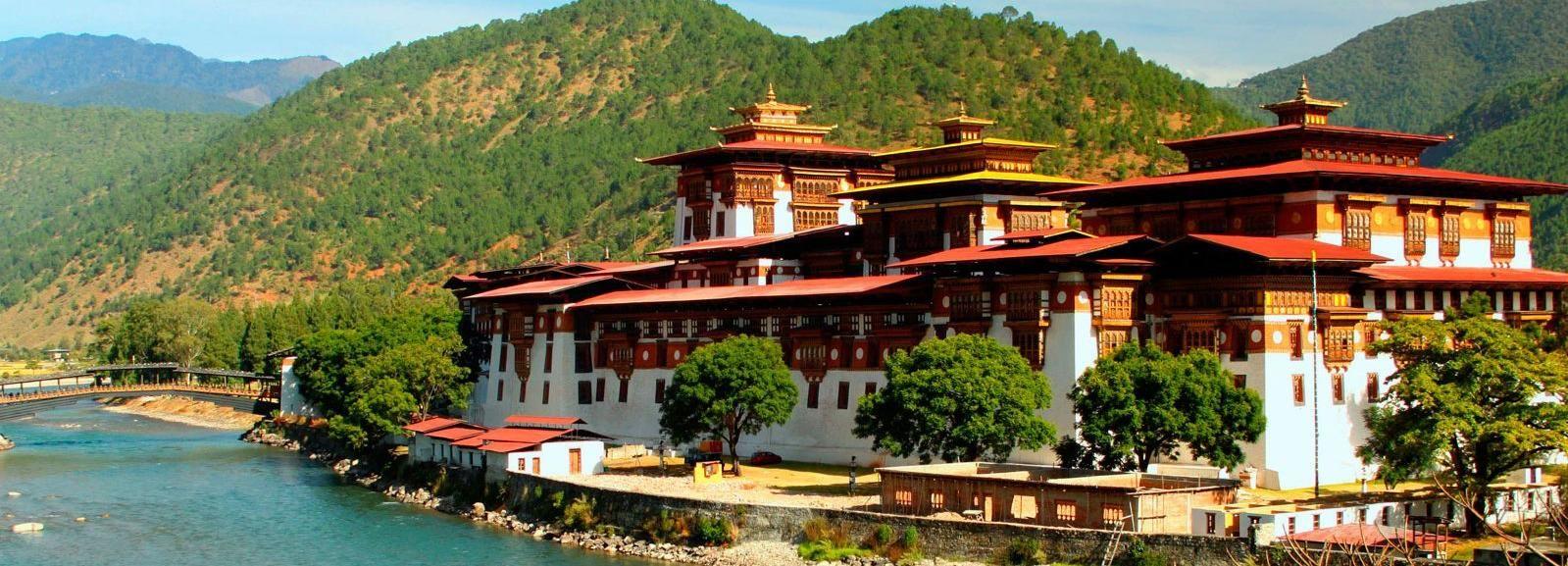 Bhutan: 2-Night Private Tour of Thimpu and Monasteries