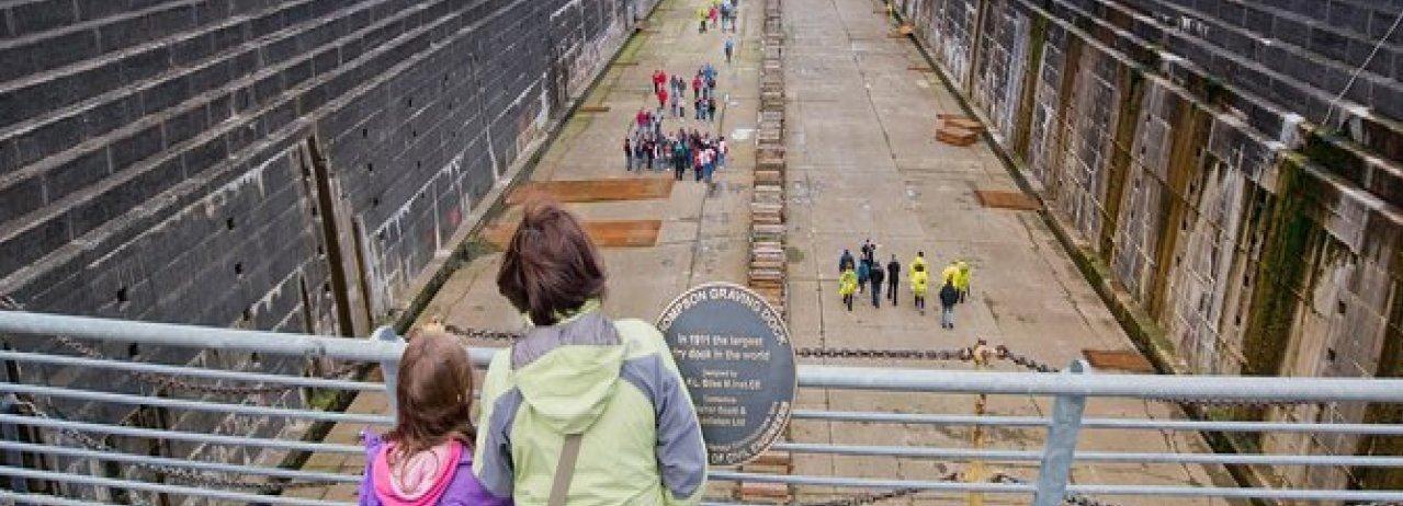 Belfast: Titanic Trail con ingresso al Titanic's Dock