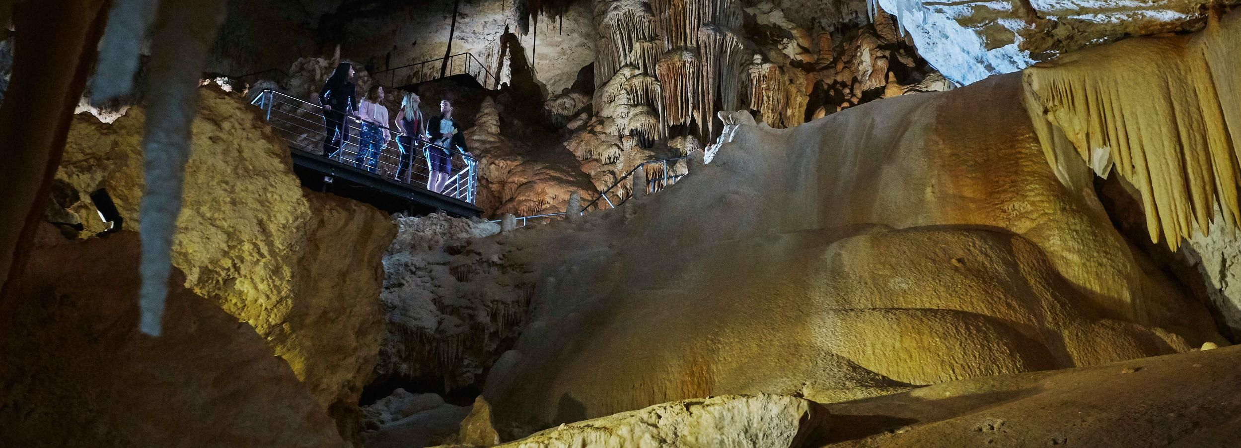 Augusta: Jewel Cave Fully-Guided Tour