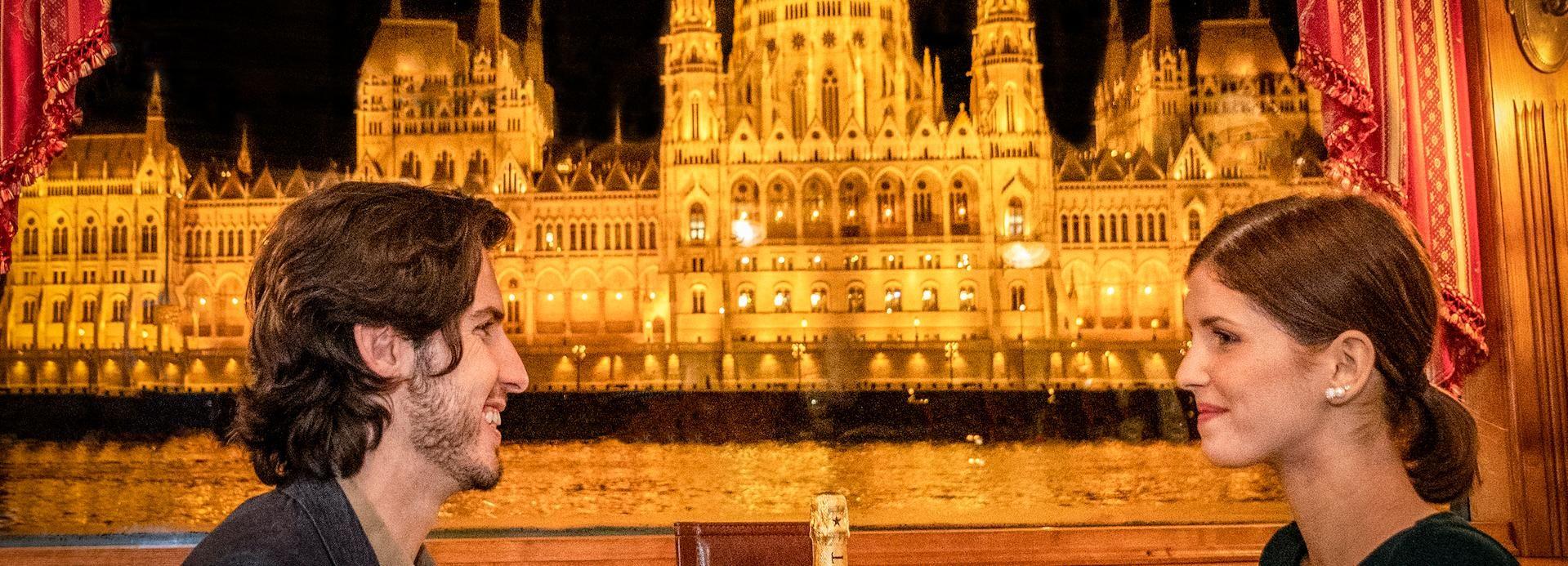 Budapest: crociera con cena e musica dal vivo