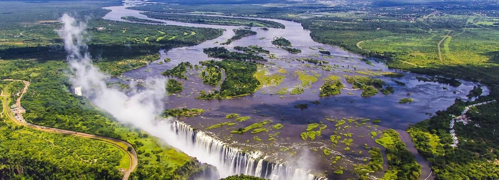 Victoria Falls: Full-Day Guided Sightseeing Tour