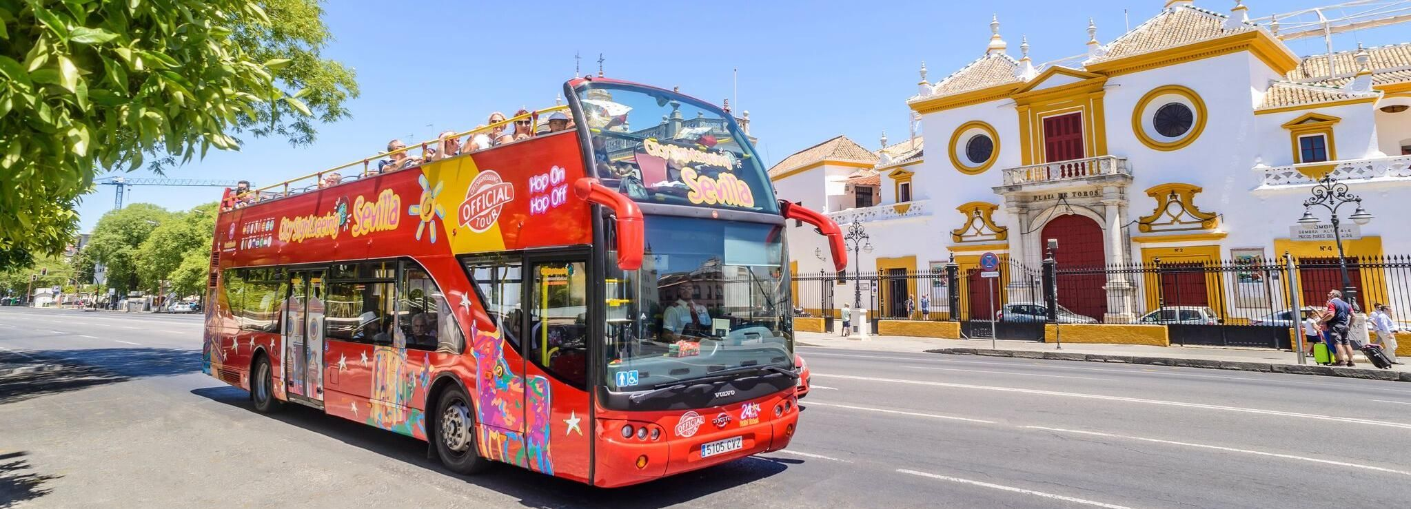 Sevilla: 24/48-timmars hop-on hop-off-bussbiljett