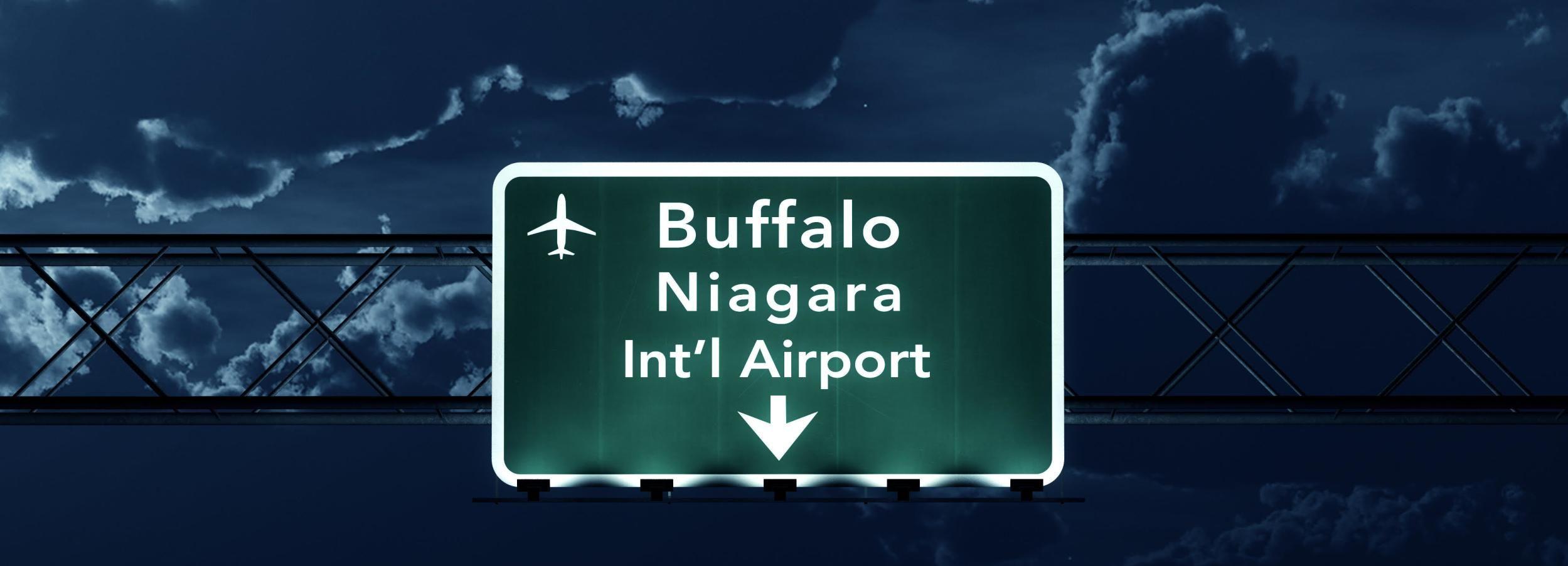Trasferimento condiviso tra l'aeroporto di Buffalo e le cascate del Niagara