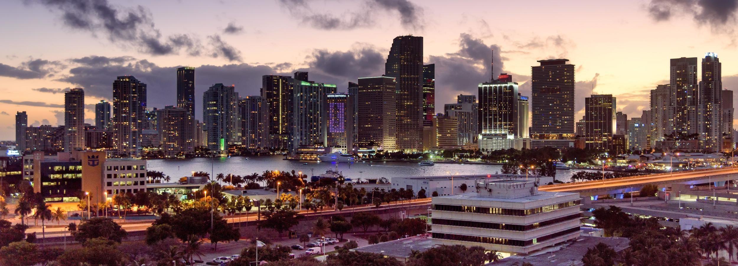 Miami: Romantische Flugzeugtour mit Champagner