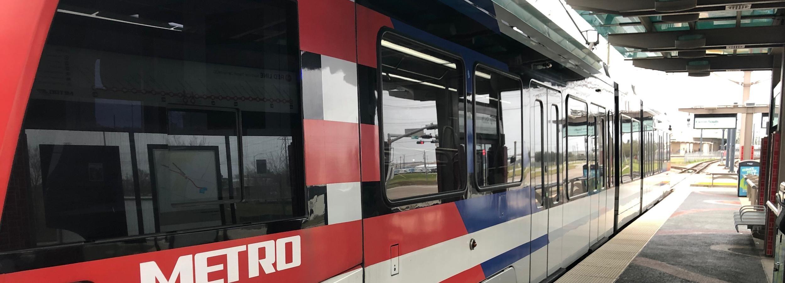 Houston: Guided Light Rail Train Tour