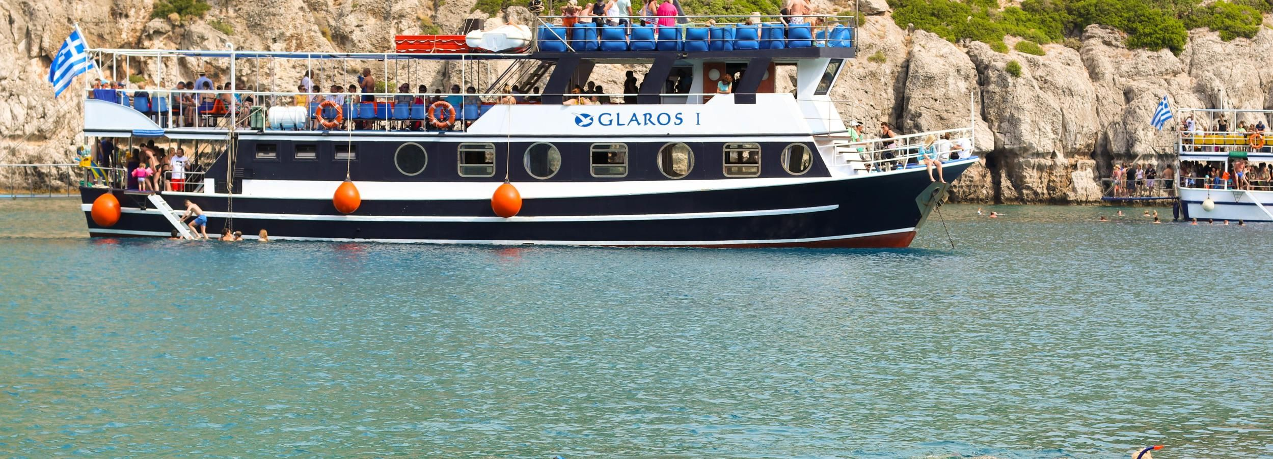 Rhodes Town: Scenic Cruise to Lindos with Swim Stops