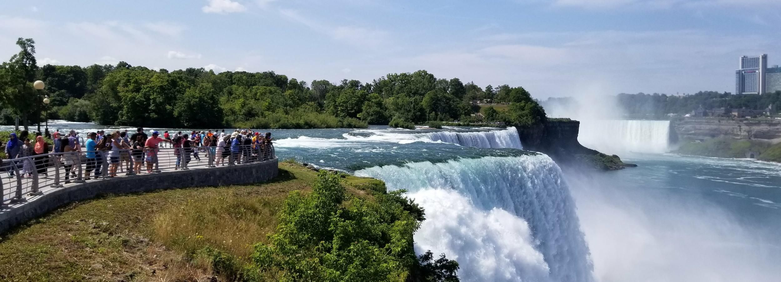 From New York City: Niagara Falls One Day Tour