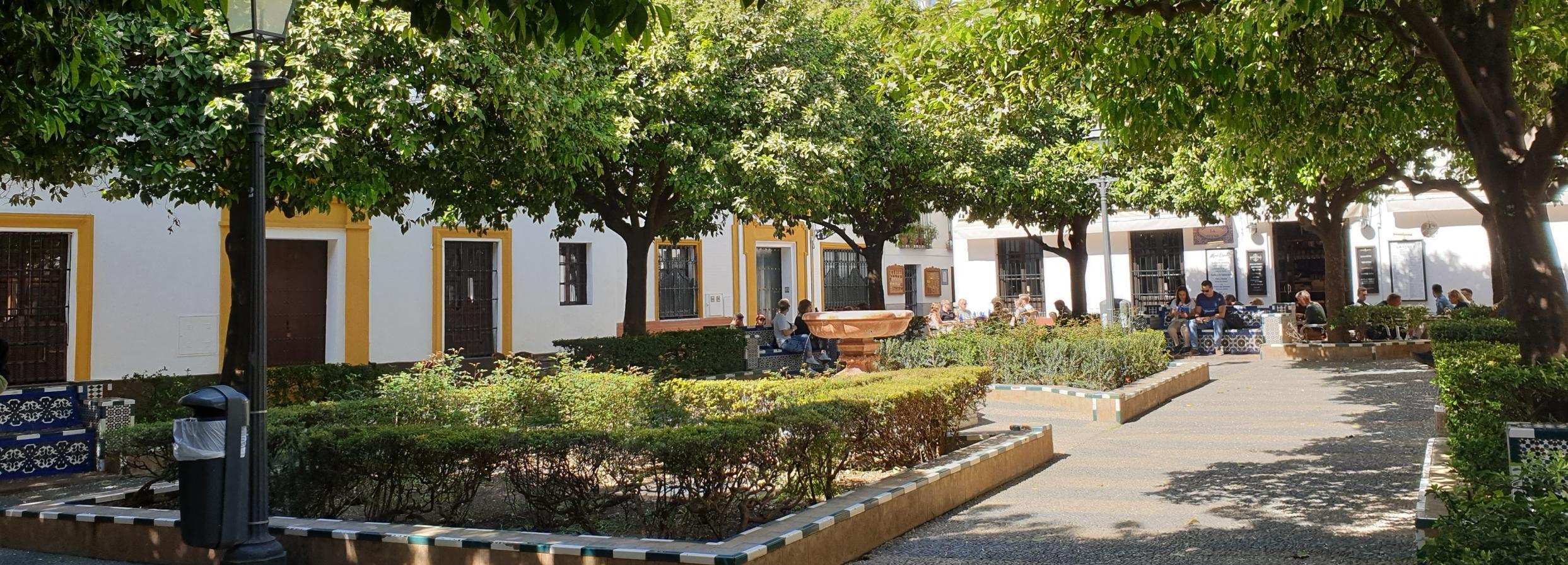 Sevilla: Oper, jüdische Geschichte und Santa Cruz Walking Tour