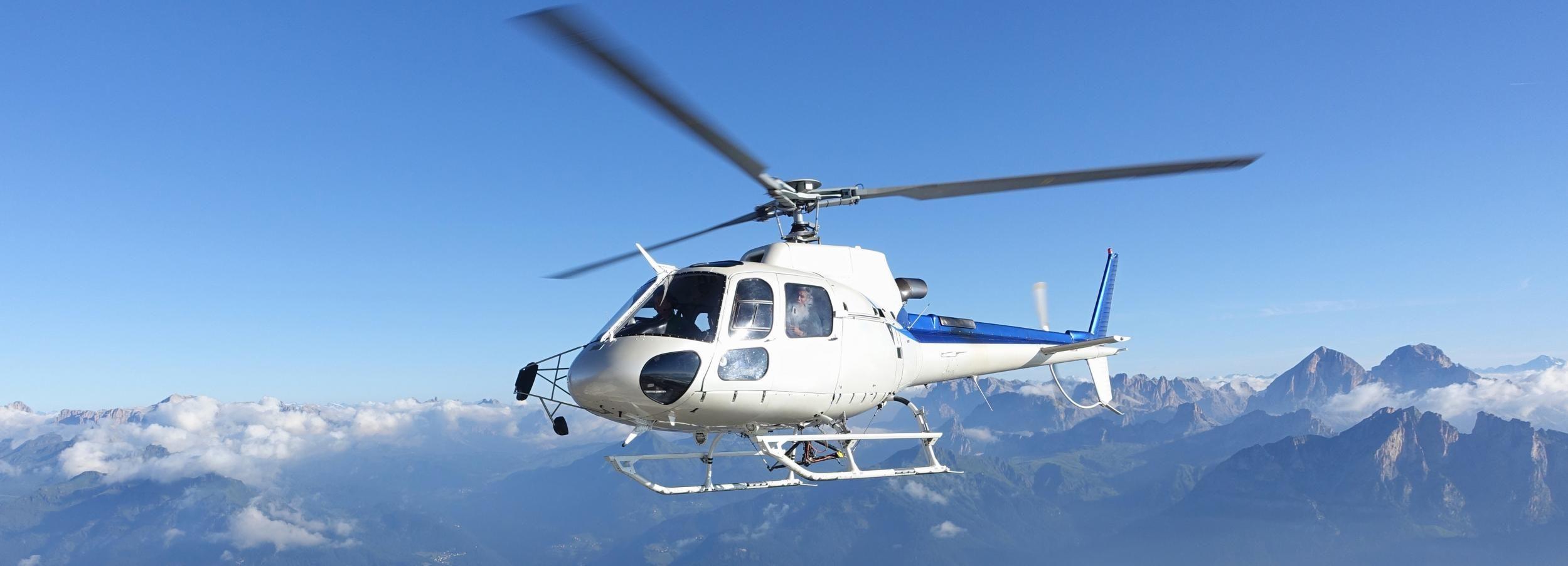 Bern: Privater 75-minütiger Matterhorn-Hubschrauberflug
