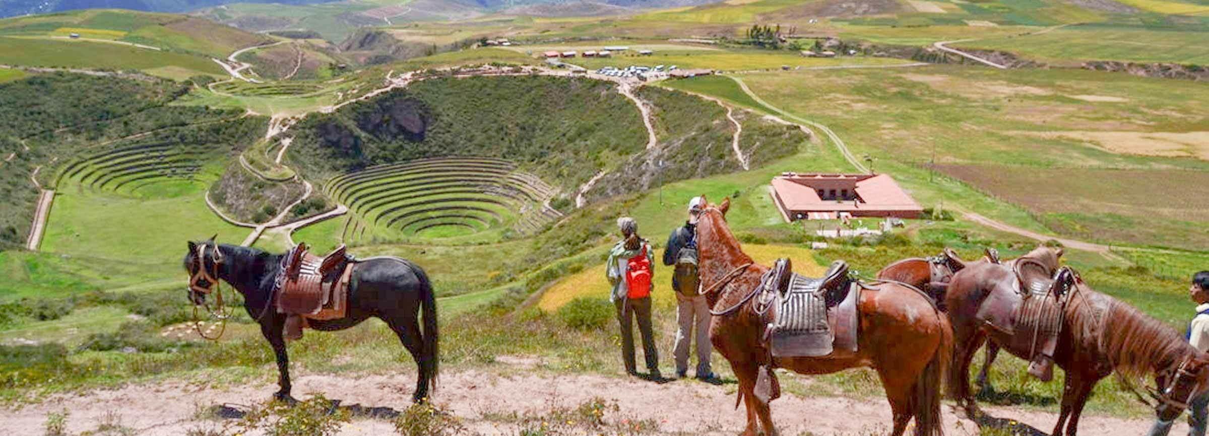 Cusco: Excursão a Cavalo de Dia Inteiro a Maras e Moray