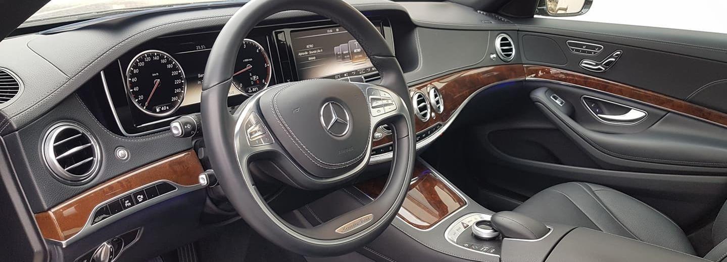 Traslado privado al aeropuerto de Budapest en Mercedes Clase S