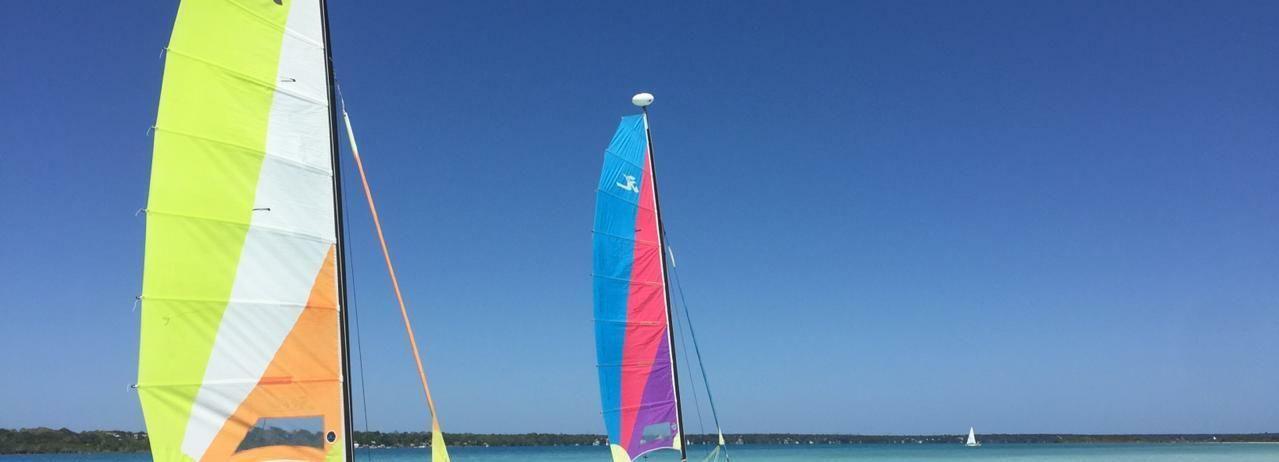 Desde Tulum: excursión de día completo a Bacalar Sailing con almuerzo