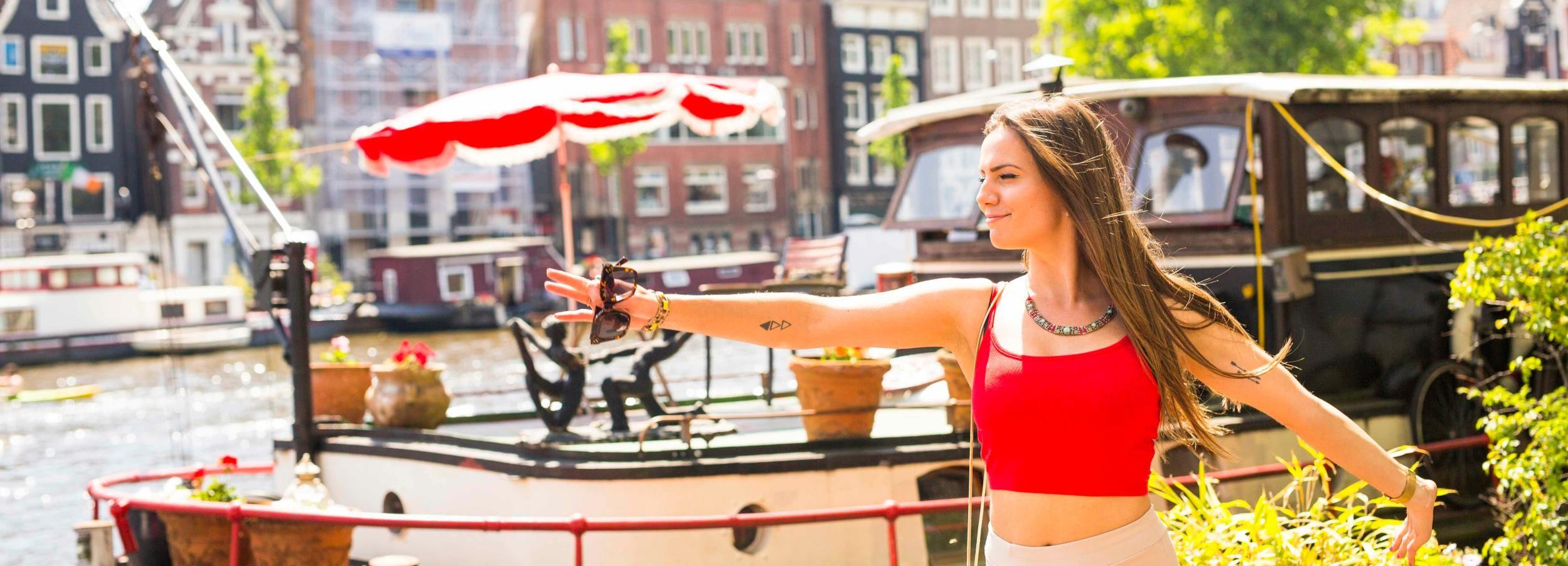 Amsterdam: Instagram Scenic Photo Spots & Moco Museum Tour