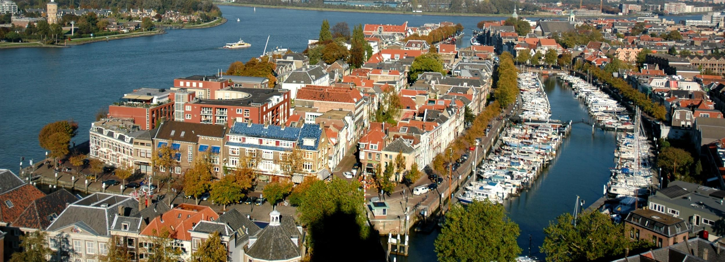 Dordrecht Walking Tour: the Oldest City in the Netherlands