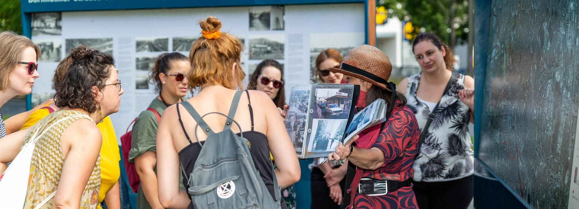 Berlin Wall: Small Group Guided Tour