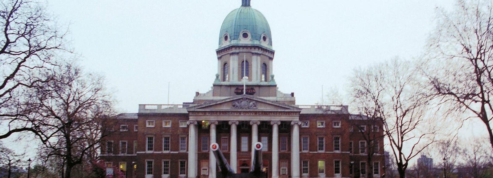 London: Churchill Blitz Walk & Imperial War Museum aus dem Zweiten Weltkrieg