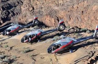 Ab Las Vegas: Grand Canyon Helikopter-Tour mit Champagner