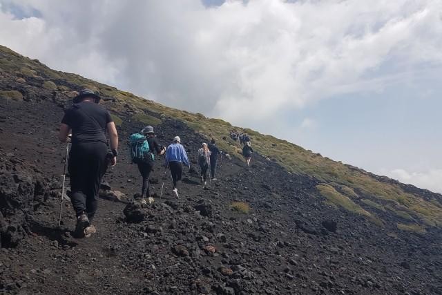 Catanië: wandeling Etna en grotten