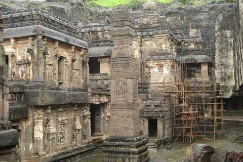 Caves in Aurangabad Private Full-day Sightseeing Tour