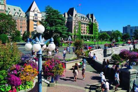 Victoria: Butchart Gardens by Seaplane & Speedboat