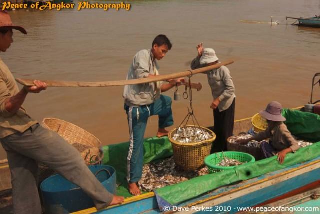 Tonle Sap Floating Villages & Beng Mealea Temple Photo Tour