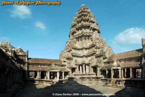 Classic Angkor Temples: Full-Day Photo Discovery Tour