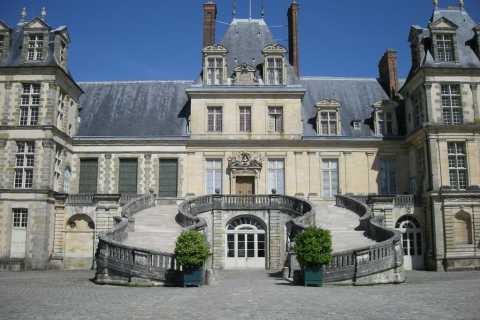 Fontainebleau Castle Half-Day Tour
