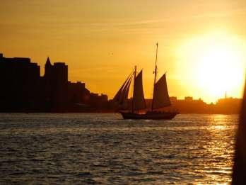 Boston: Bootsfahrt bei Sonnenuntergang
