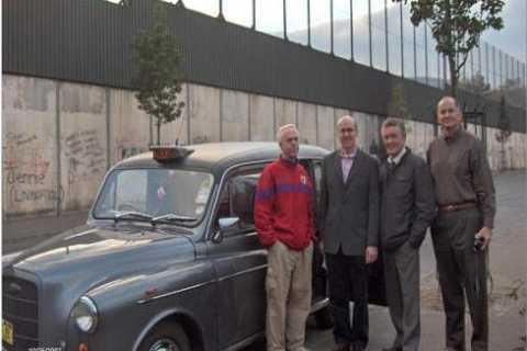 Belfast Taxi Mural Tour