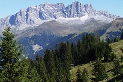 2-3 Day Private Hiking Tour in Graubünden