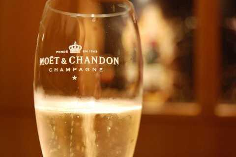 Full-Day Champagne Tour from Paris - Moët, Dom Pérignon