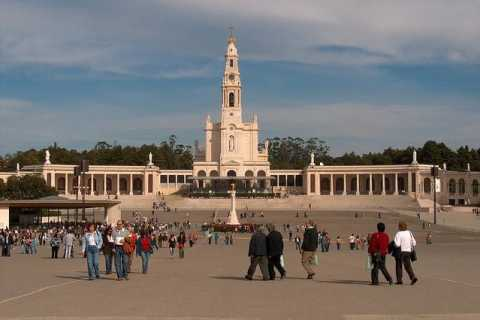 From Lisbon: Private 6-Hour Tour of Fátima