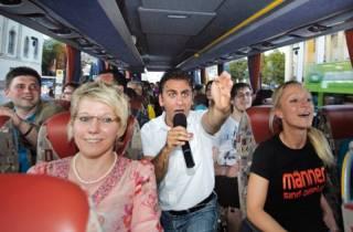 Hamburg: Tour im Comedy-Bus auf Deutsch
