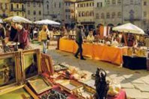 Arezzo and Cortona: Full-Day Tour by Deluxe Van