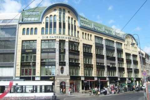 City Tour Berlin: Scheunenviertel and Hackesche Höfe