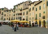 Ab Florenz: Halbtägige Tour nach Lucca