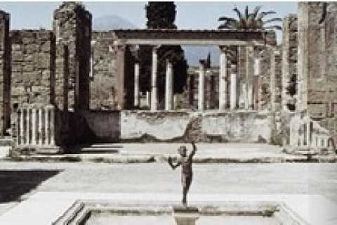 Pompeii Private Full-Day Tour from Rome