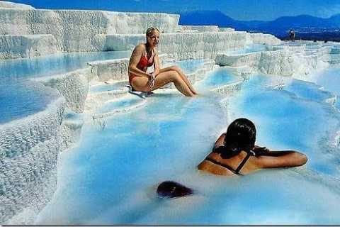 Private Pamukkale (Hierapolis) Tour: Full-Day from Izmir